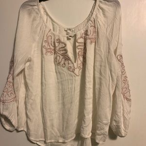 Forever 21 boho peasant top.